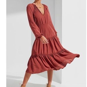 NWT UO Reese Tiered Smocked Midi Dress